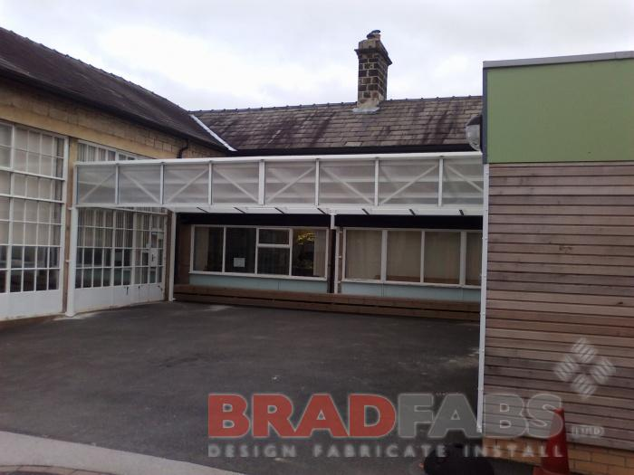School canopy installed by Bradfabs