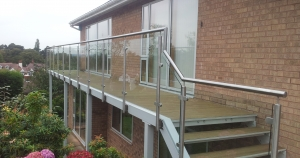 Garden Balcony with glass for excellent views.