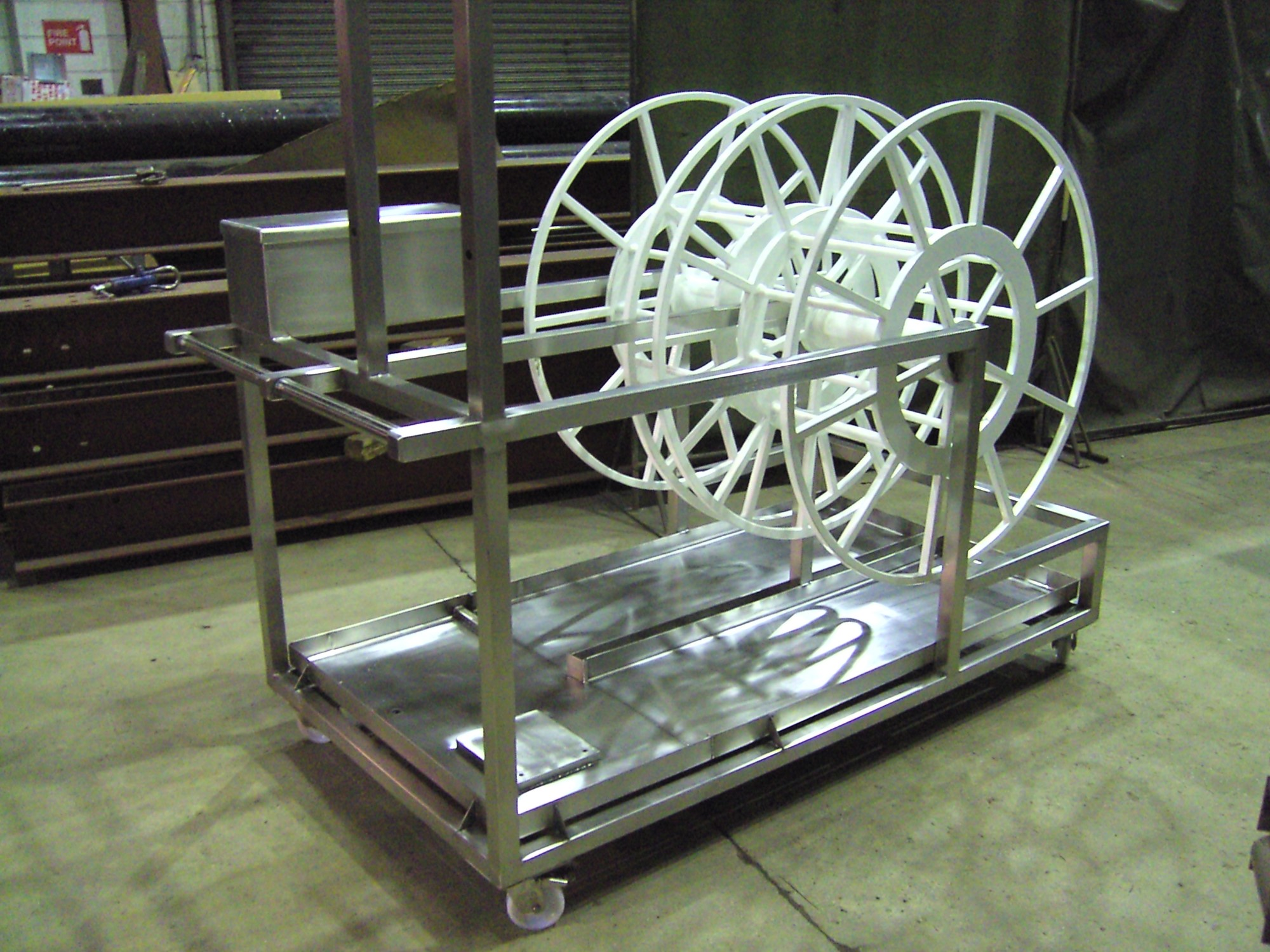 steel hose trolley fabricated by bradfabs in bradford, fully portable custom made steel hose trolley
