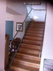 Structural Glass with Stainless Capping Handrail