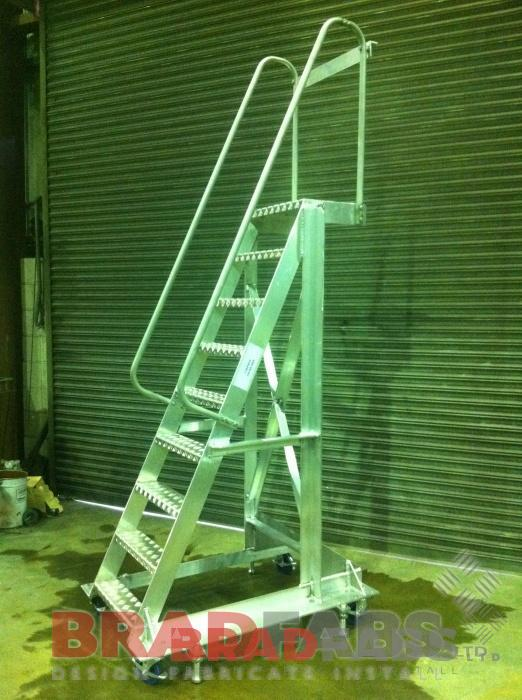 access ladders, mobile staircase,