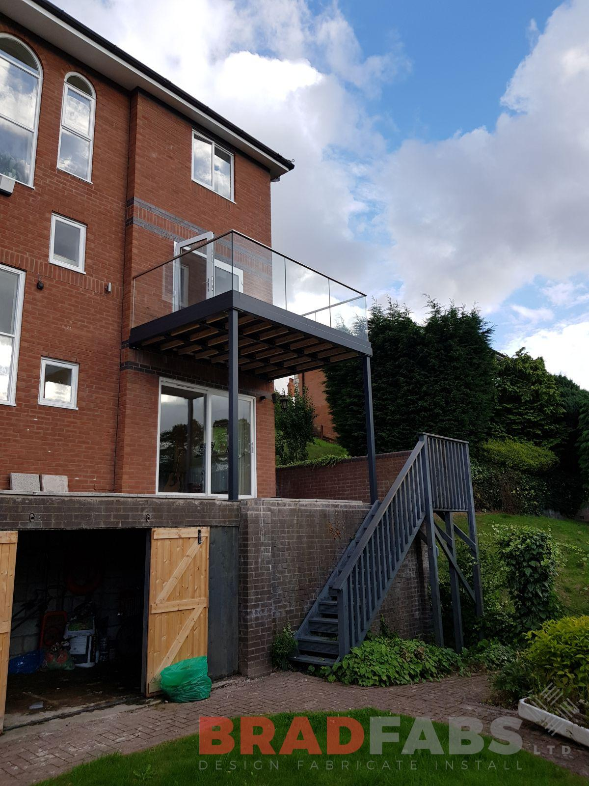 garden balcony installed by bradfabs
