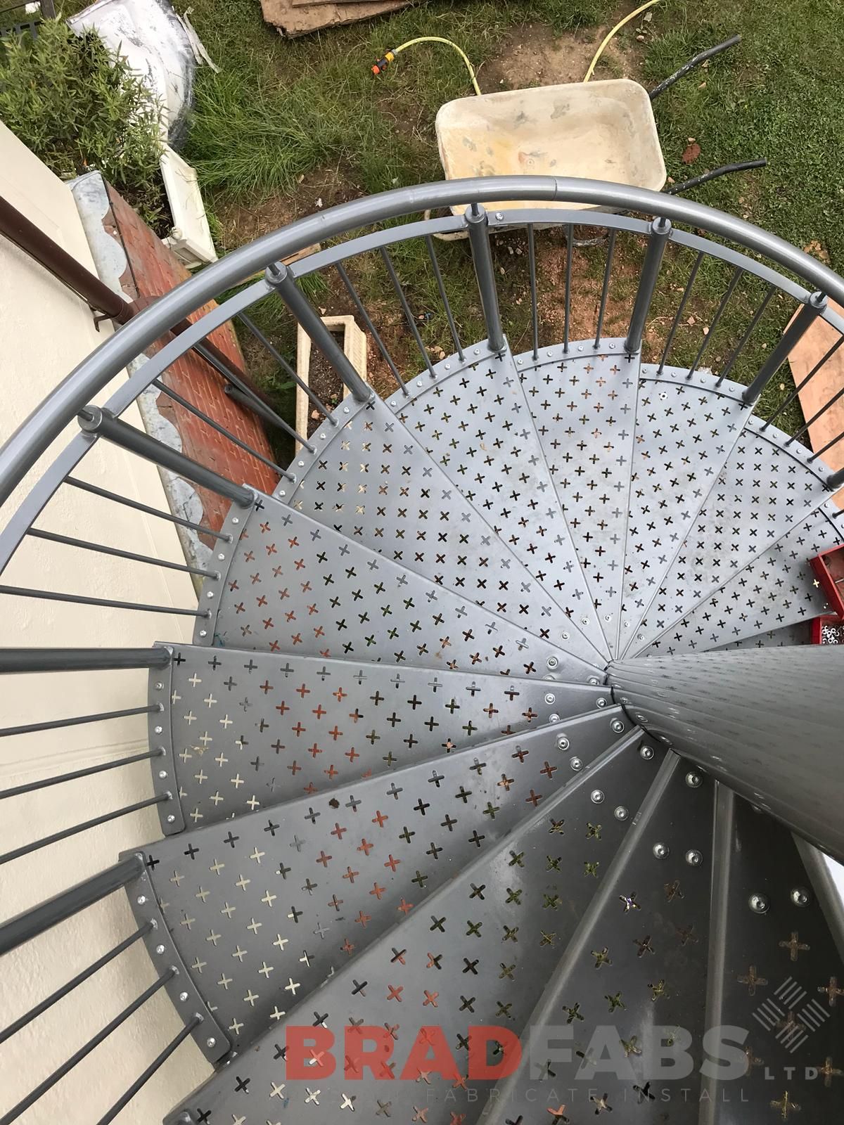 Decorative laser cut treads spiral staircase vertical bar balustrade mild steel galvanised powder coated