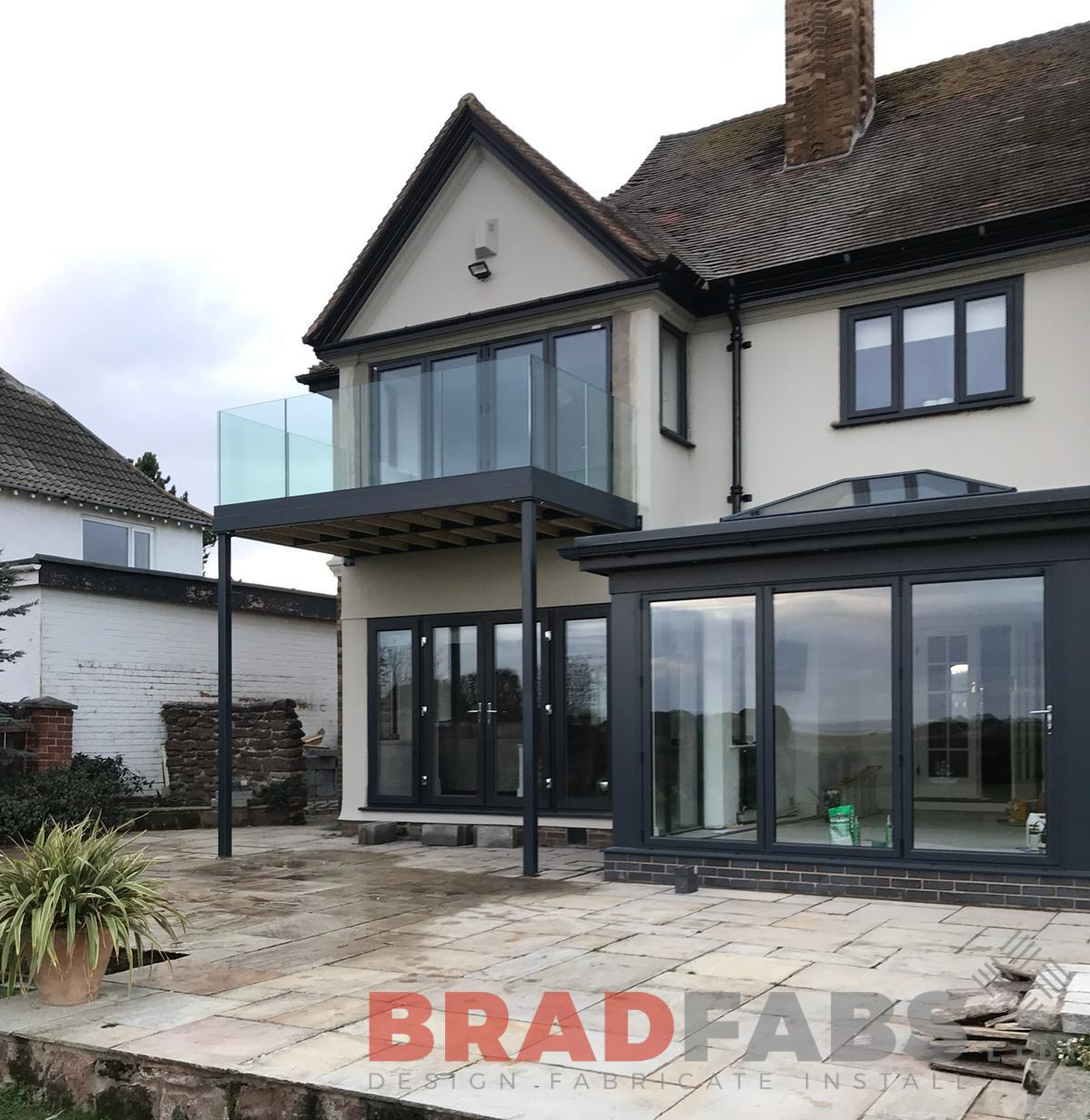 Bespoke Infinity glass and steel balcony by Bradfabs