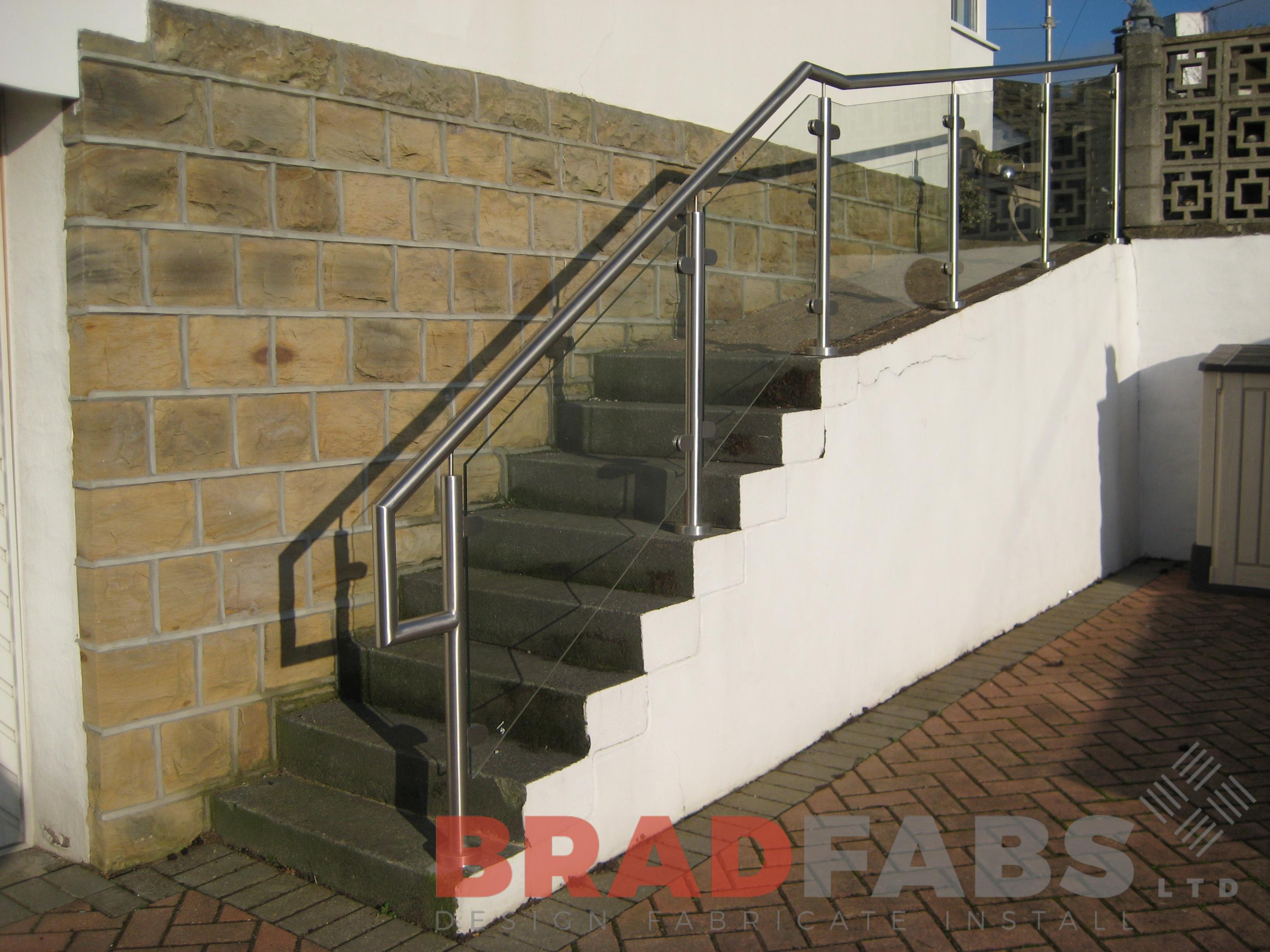 Stainless Steel and Glass Stair Balustrading