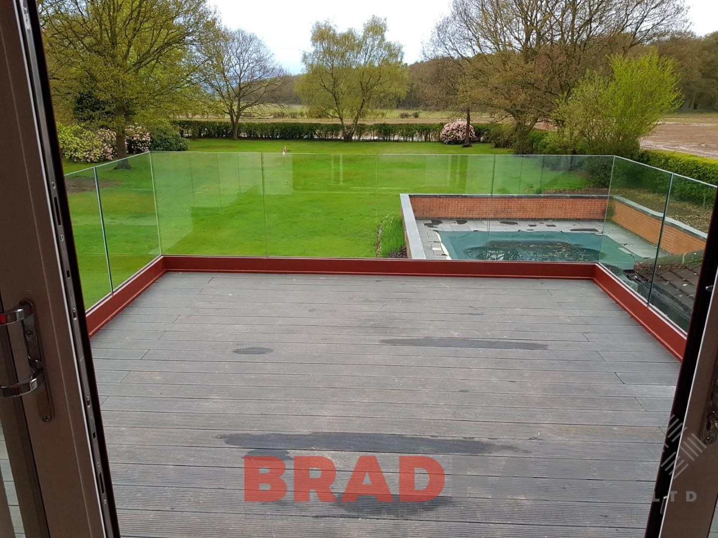 Infinity glass channel system by Bradfabs UK based company
