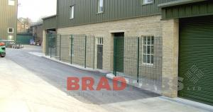 Any type of fencing - call Bradfabs