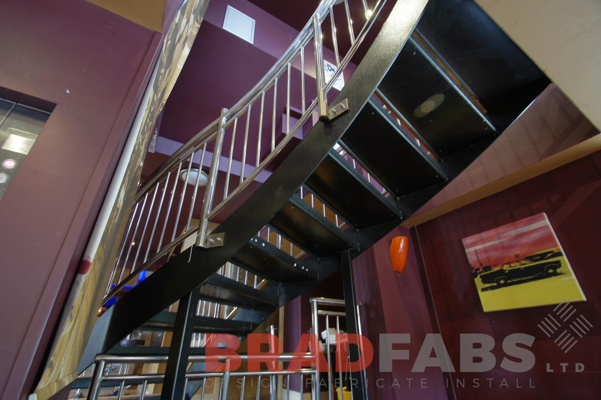 Stainless steel balustrade on helix staircase by Bradfabs