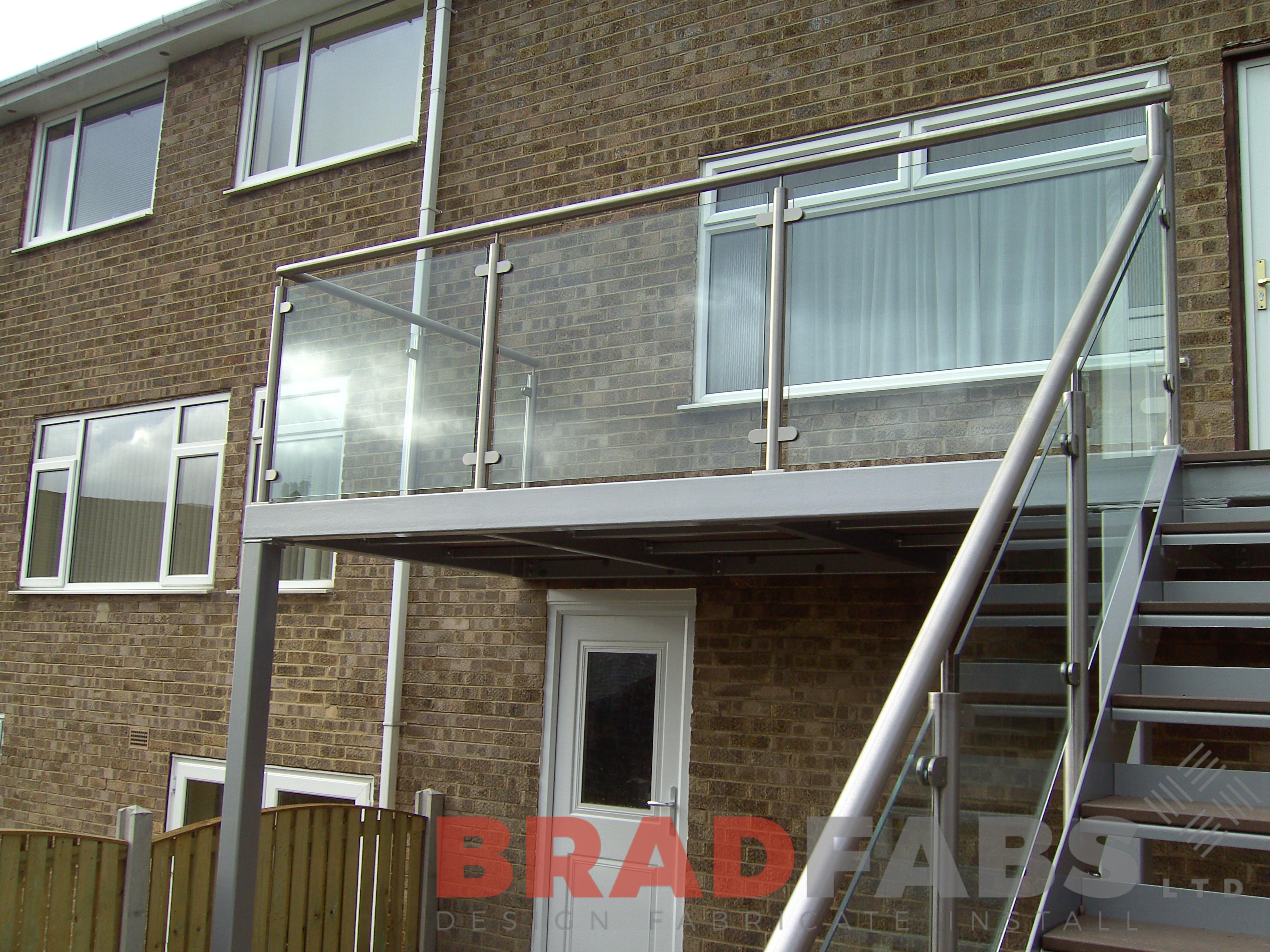 Balcony 16