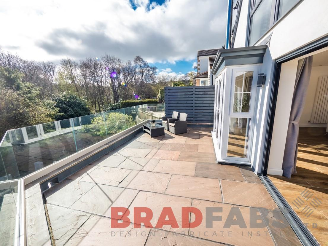 Add a touch of elegance with Bradfabs garden balustrade