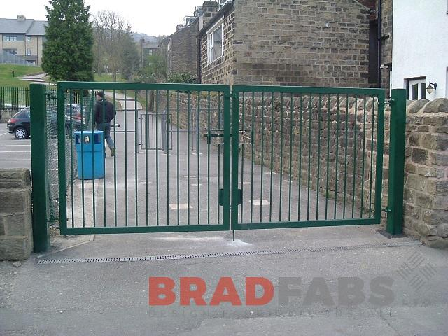School gates, bradfabs, mild steel and galvanised gates