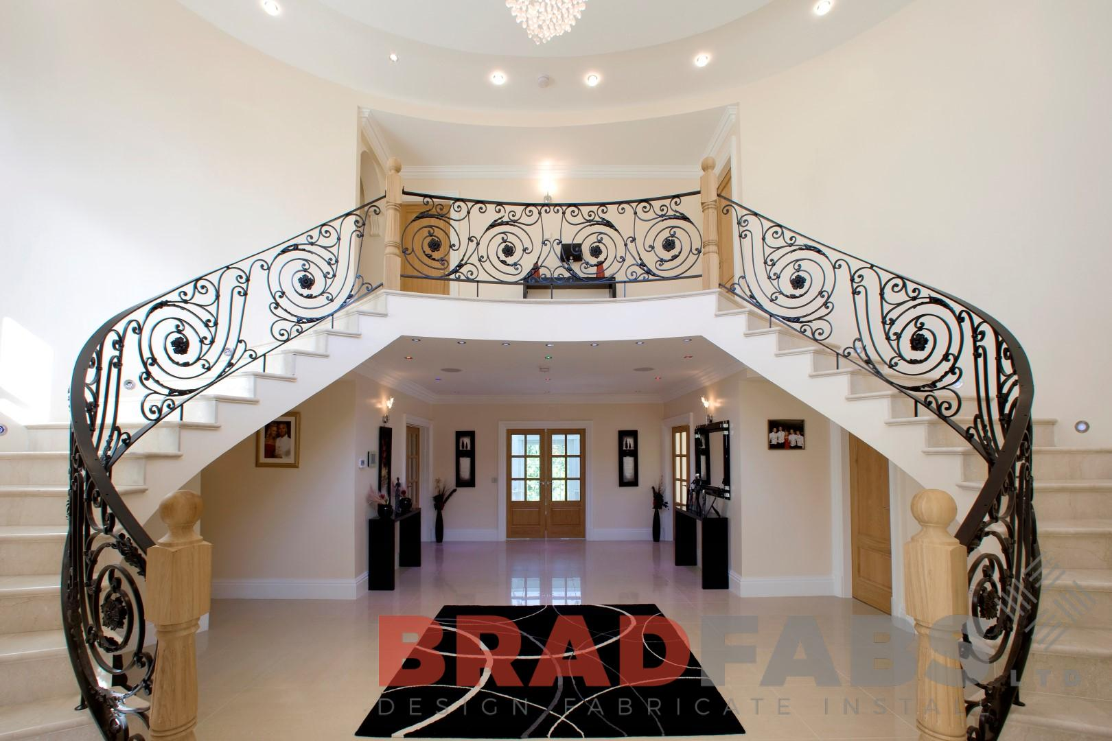 High Quality Curved Staircase Balustrade