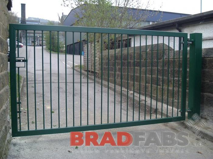 Lockable school gate supplied by Bradfabs