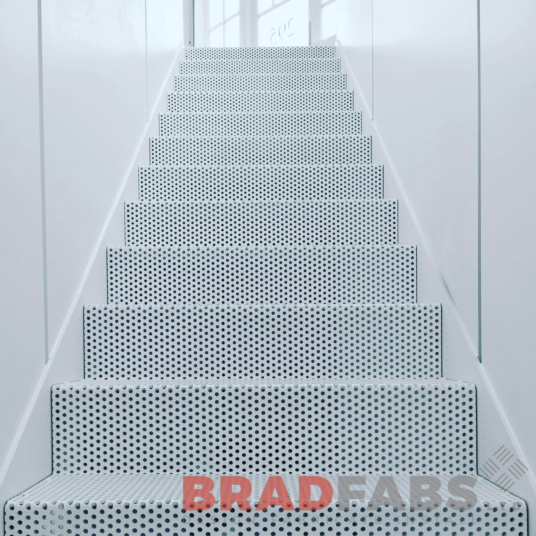 contemporary staircase, manufactured, designed and installed by Bradfabs